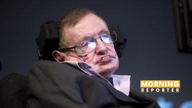 Stephen Hawking's graves of Newton