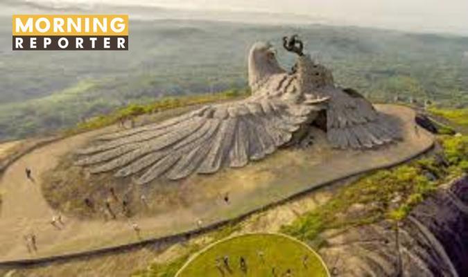 jatayu statue (1)